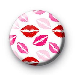 Hot pink lips badges