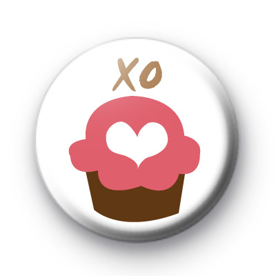 Cupcake Kisses Badge